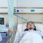 王盟醒来以后问护士磁带在哪里
