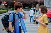 """安徽卫视《太太万岁》8日首播 闫妮获许亚军加冕""""模范太太"""""""