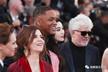 """范冰冰穿粉裙现身戛纳电影节70周年庆典红毯,原来她是""""白种人""""?"""