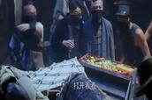 许小刀带领众人劫走了黄国良藏在萧家的宝藏